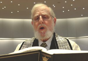 Cantor Sherwood Goffin at Lincoln Square Synagogue in more recent days. Photo: Michael Datikash/the New York Jewish Week
